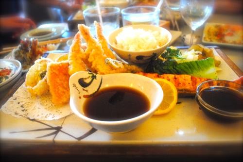 Kaede - salmon & tempura combo